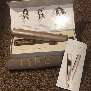 Tyme hair straightener/curler